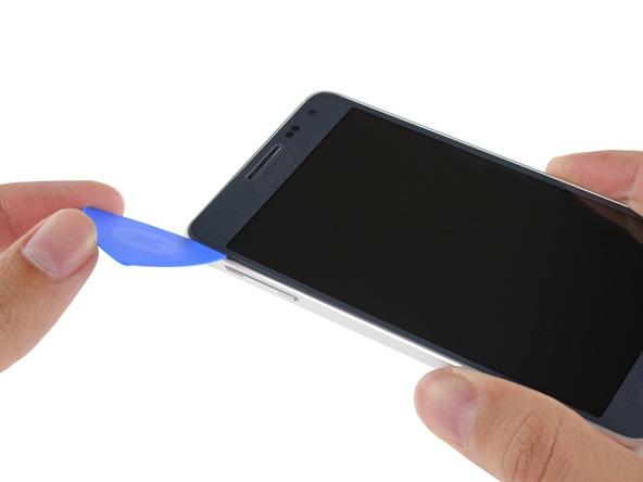 【多图】不一样的三星 首款金属手机Galaxy Alpha拆解