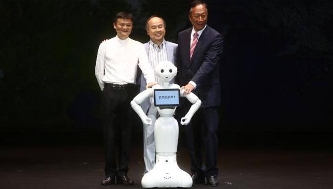 阿里与富士康分别注资145亿日元 入股软银机器人公司