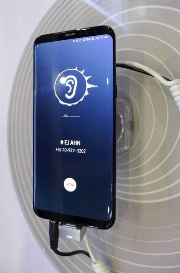 三星展示手机屏幕发声技术:听筒可以去掉了